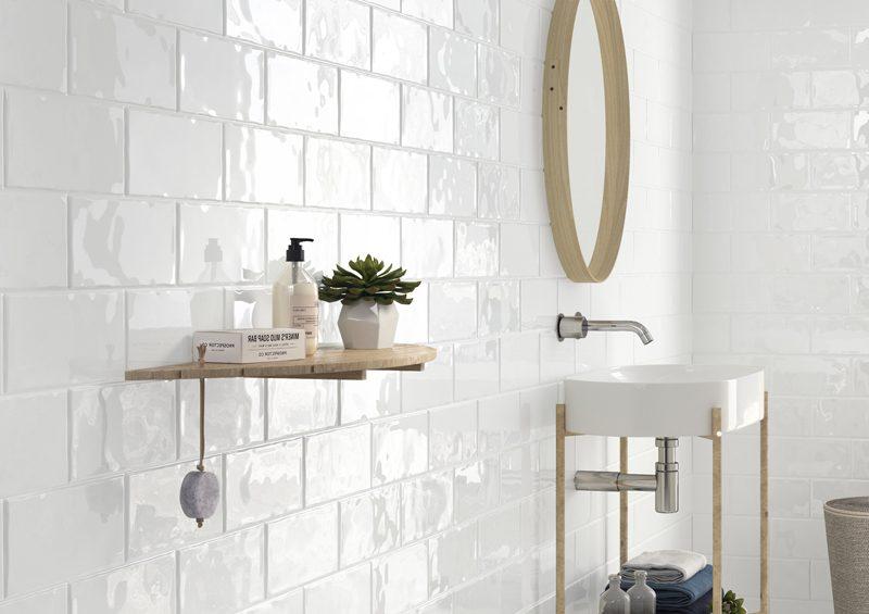 Cerámica para revestimientos de baños