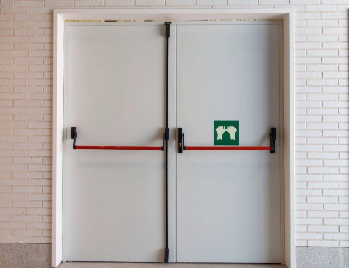 Qué son las puertas cortafuegos y su normativa